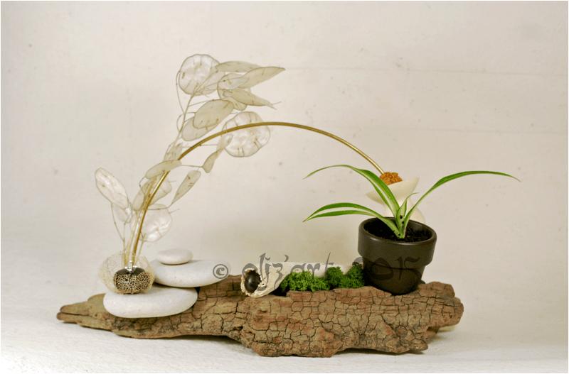 Composition végétale par eliz-art (galets, végétaux séchés, bois flotté, lichen,laiton...)