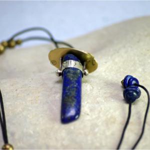 Pendentif Lahya en lapis lazuli, laiton et argent 925