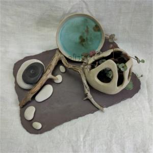 Composition végétale, jardin zen en grès, bois et galets par Eliz'art
